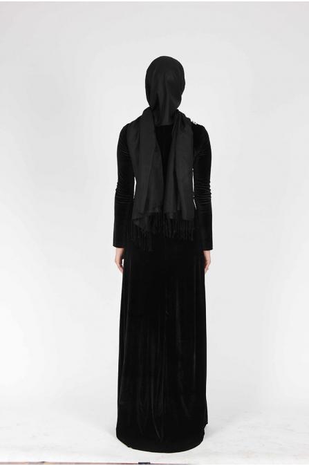 V Yaka Dantelli Kadife Elbise