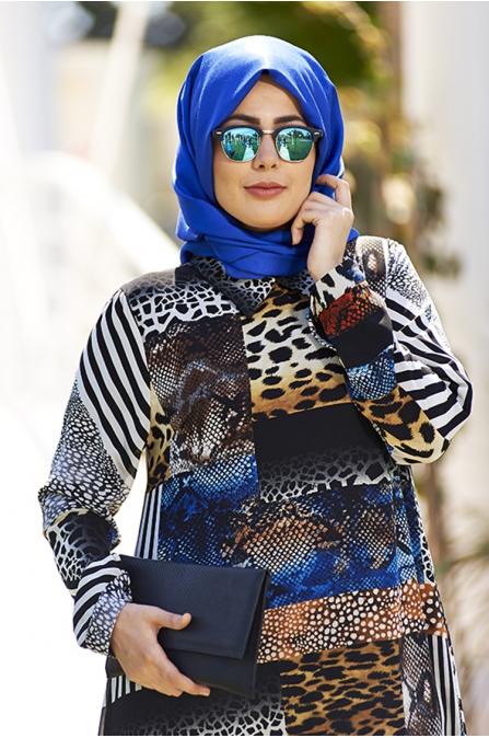 Kolaj Desenli Şifon Tesettür Elbise - Nesrin Emniyetli