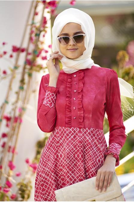 Düğmeli Fırfırlı Spor Elbise - Nar Çiçeği