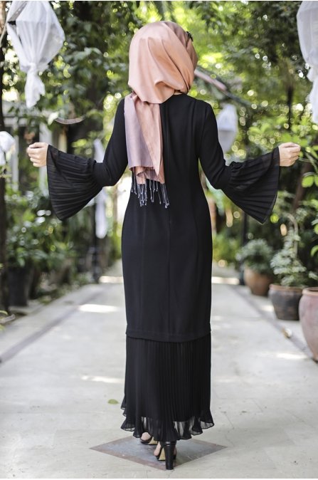 Gülbahar Kol Pilise Elbise - Siyah