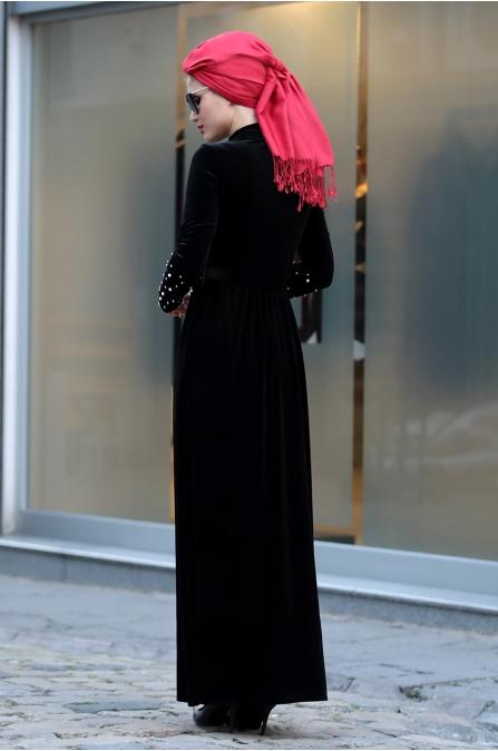 Selma Sarı - İncili Kadife Elbise - Siyah