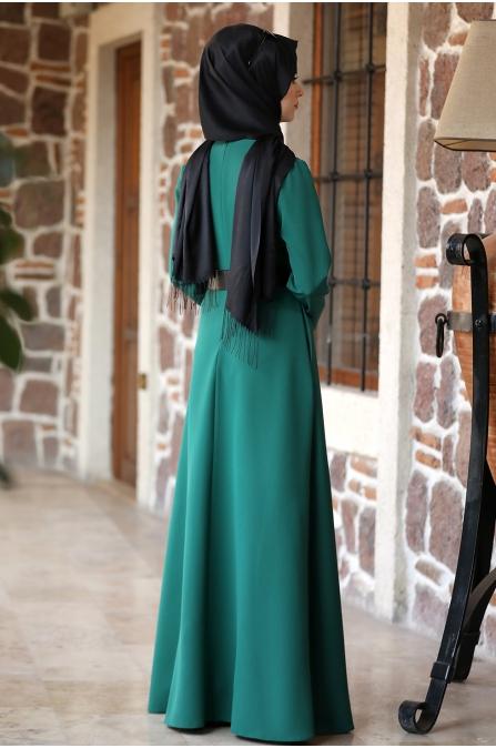 Ada İncili Kemerli Tesettür Elbise - Zümrüt