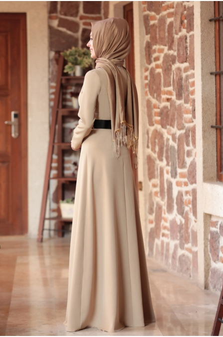 Nare Kemerli İncili Tesettür Elbise - Vizon